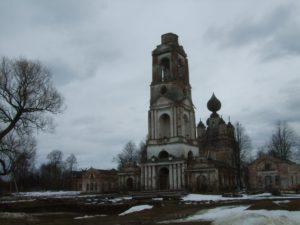 храм-до-реставрации-весна